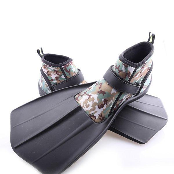 浮潜与鞋子